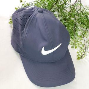 Nike Dri Fit AeroBill Legacy 91 Golf Hat